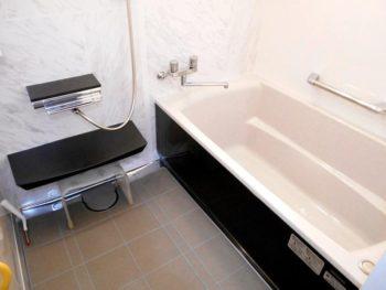 宮崎市柳丸T様邸浴室施工事例 タカラスタンダードぴったりサイズ伸びの美浴室