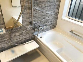 宮崎市小松N様邸浴室施工事例 システムバスTOTOサザナ HSタイプ1616 洗面化粧台タカラスタンダードファミーユ600
