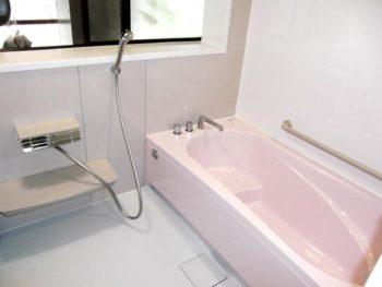 東諸県郡綾町K様邸 浴室施工事例 タカラスタンダード システムバス ミーナ 1.25坪・エコキュート設置