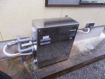 大塚台T様 石油給湯器(追炊き付き)KIBF-3964DSA 施工事例